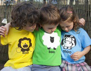 Camiseta t-shirt com esquema de modelagem do 1 ao 16.