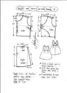 Esquema de modelagem de vestido com abertura nas costas tamanho 12 anos.