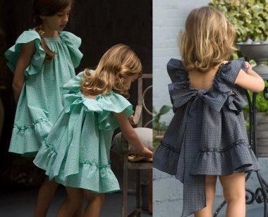Este vestido pode ser feito com o babado pregado por fora da cava e barra ou embutido na costura. Fiz esquema de modelagem para crianças de 1 a 14 anos.