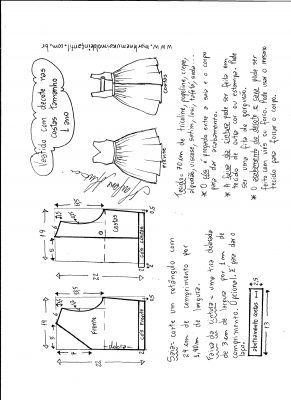Esquema de modelagem de vestido com decote nas costas tamanho 1 ano.